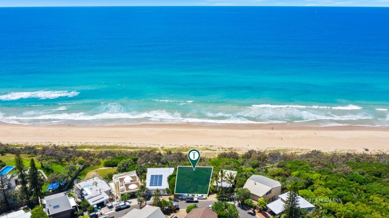 Cashed-up buyers pounce on Coast property's 'holy grail'