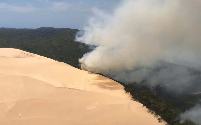 Why Fraser Island's bushfire is hard to control