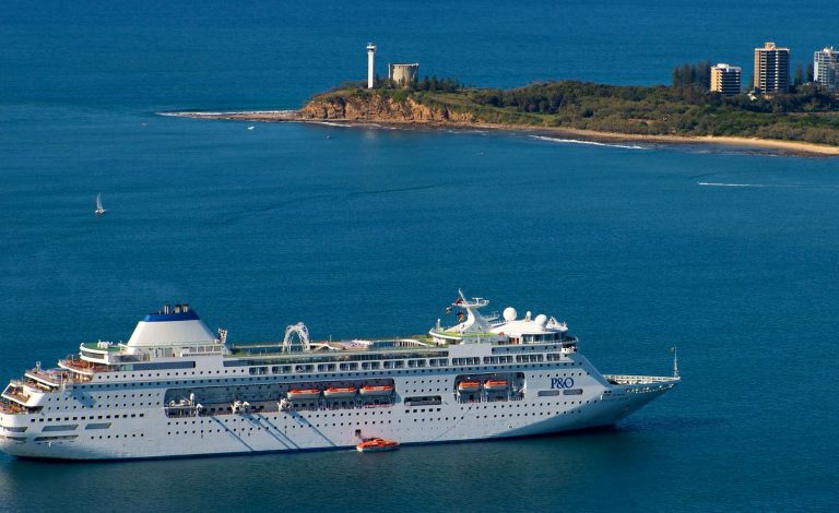 Cruise ships won't visit Mooloolaba as ban extended