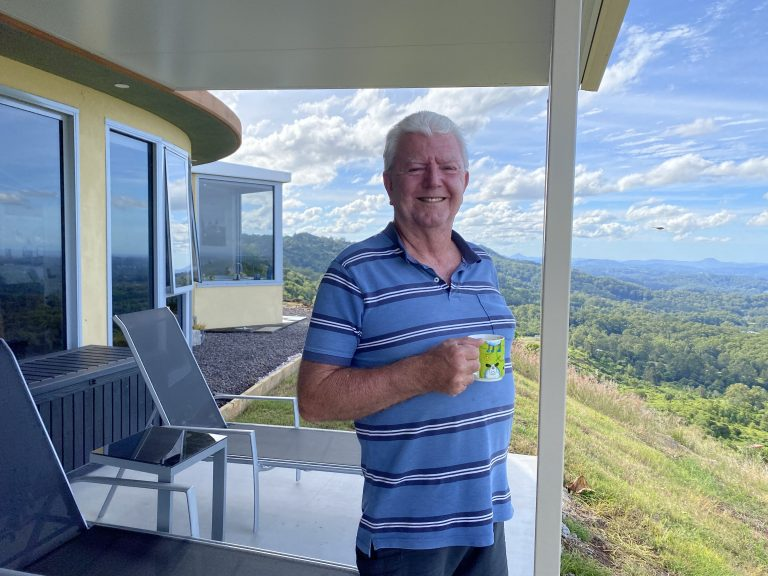 Clifftop home launches paraglider's dream