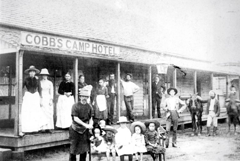 How the goldfields gave hinterland town its glow