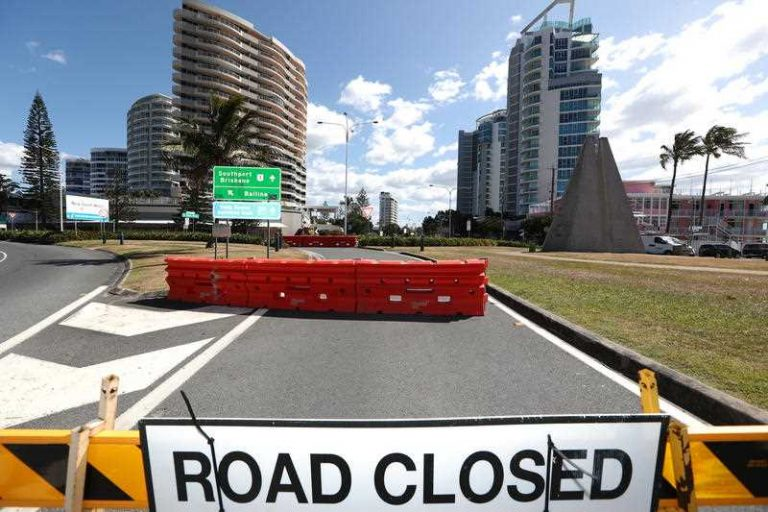 'Prepare and hope' for Qld border to open for Xmas